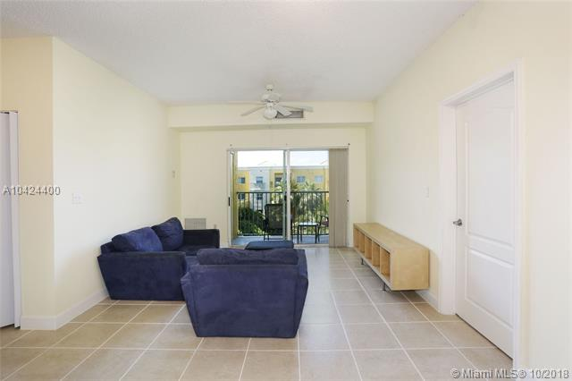 6282 SW 42nd Ter , South Miami, FL 33155-5161
