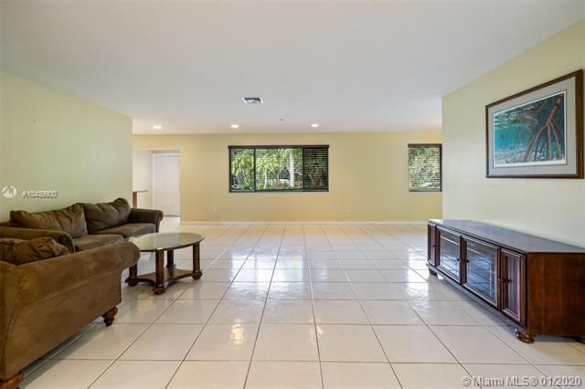 15845 SW 87 Ave, Palmetto Bay, FL, 33157