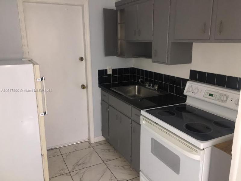 18801 NE 2nd Ave  Unit 1015, Miami, FL 33179-3732