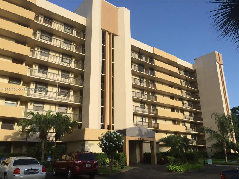 631 Cypress Lake Boulevard, Deerfield Beach FL 33064-