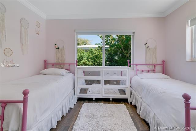 100 Morningside Dr, Coral Gables, FL, 33133