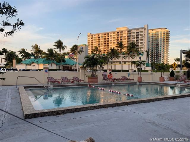 7904  West Dr  Unit 204, North Bay Village, FL 33141-5508
