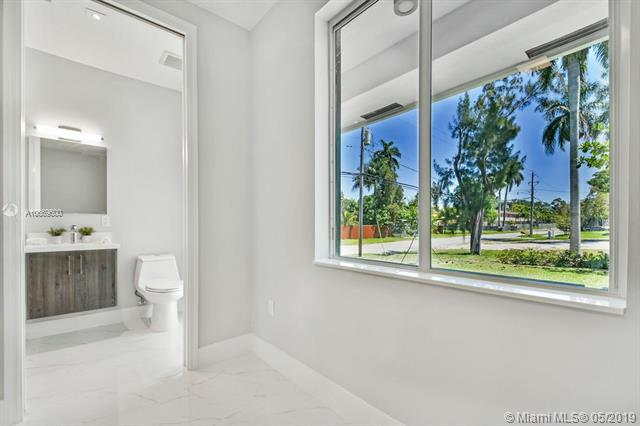 15391 NE 5th Ave, Biscayne Gardens, FL, 33162