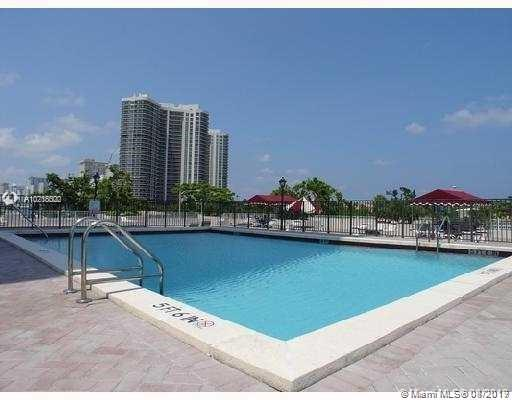 3015 N Ocean Blvd. 12L, Fort Lauderdale, FL, 33308