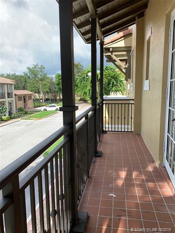 14707 SW 7th St, Pembroke Pines, FL, 33027