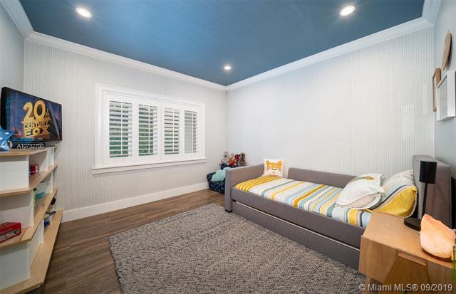 420 Tivoli Ave, Coral Gables, FL, 33143