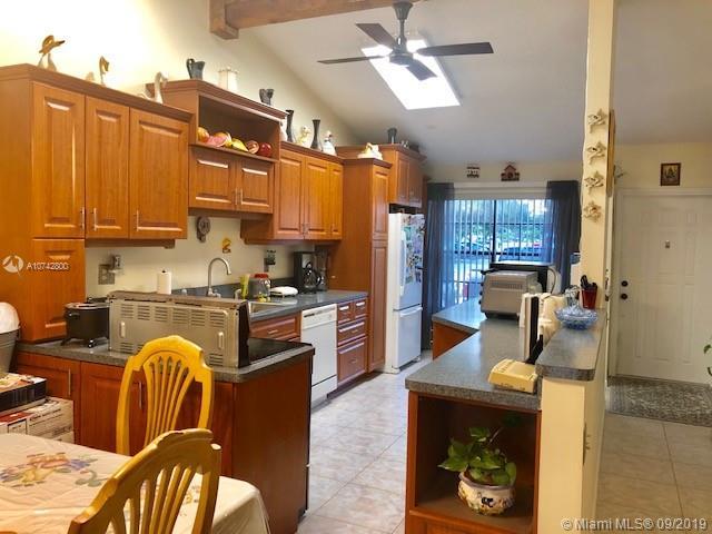 11100 Redwood Ave, Pembroke Pines, FL, 33026