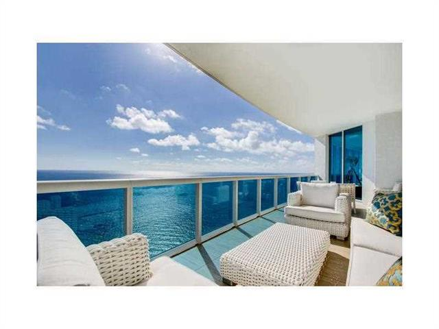 2711 Ocean Dr  Unit 4002, Hollywood, FL 33019