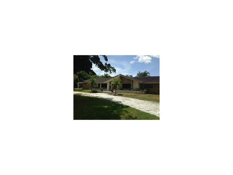 5421 HOLATEE TR , Southwest Ranches, FL 33330
