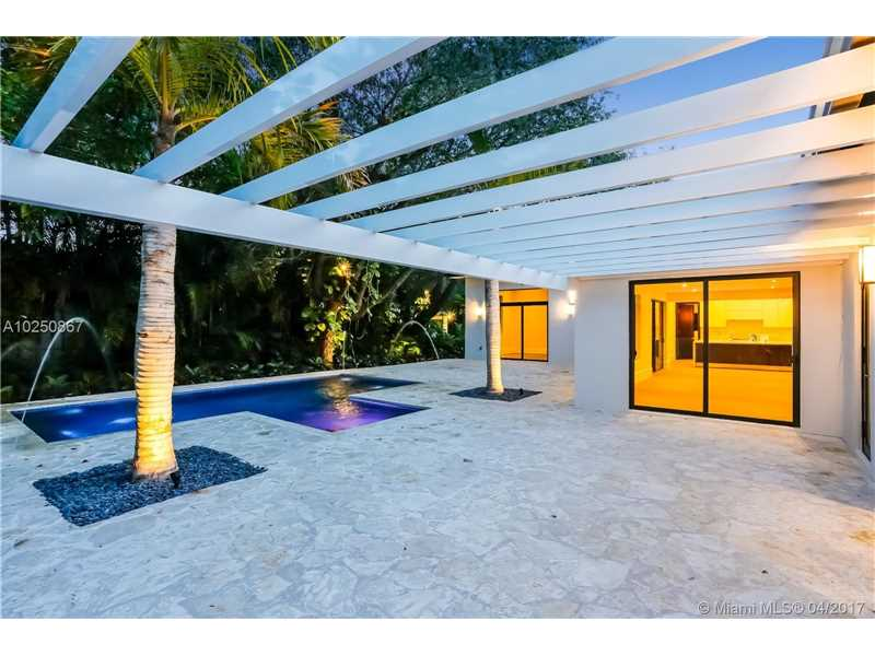 For Sale at  510   Tivoli Ave Coral Gables  FL 33143 - Coral Gables Biscayne Bay - 4 bedroom 3 bath A10250867_21