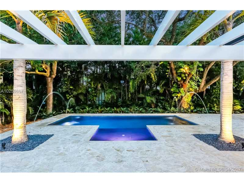For Sale at  510   Tivoli Ave Coral Gables  FL 33143 - Coral Gables Biscayne Bay - 4 bedroom 3 bath A10250867_22