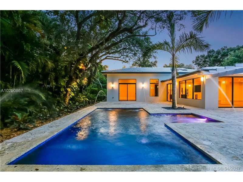For Sale at  510   Tivoli Ave Coral Gables  FL 33143 - Coral Gables Biscayne Bay - 4 bedroom 3 bath A10250867_4