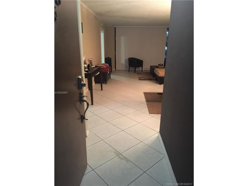 10773 Cleary Blvd  Unit 206, Plantation, FL 33324