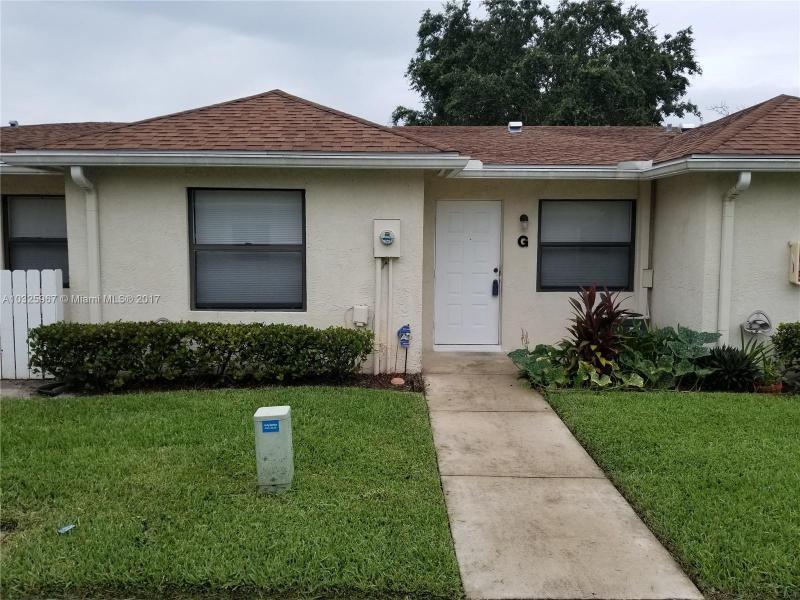 517  Kanuga Dr , West Palm Beach, FL 33401-7250
