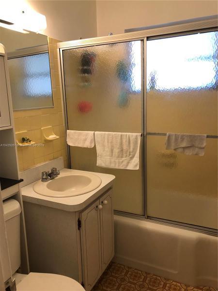 Imagen 16 de Single Family Florida>Hialeah>Miami-Dade   - Sale:289.900 US Dollar - codigo: A10429267