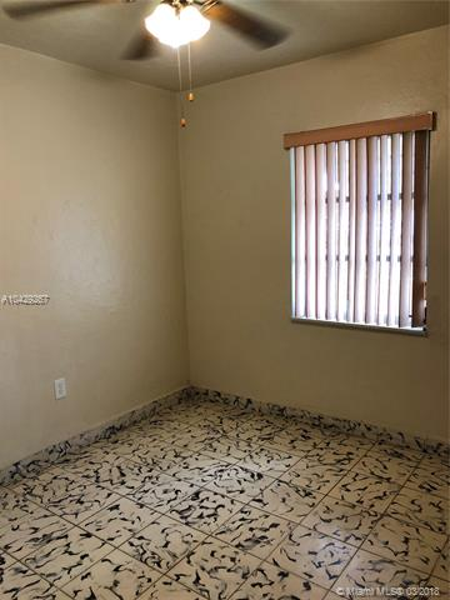 Imagen 18 de Single Family Florida>Hialeah>Miami-Dade   - Sale:289.900 US Dollar - codigo: A10429267