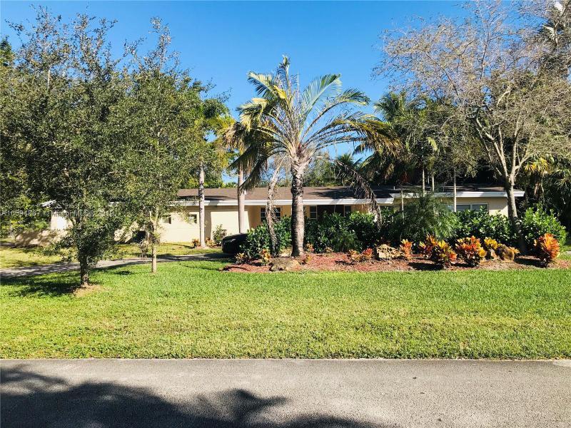 13345 SW 83rd Ct , Pinecrest, FL 33156-6615
