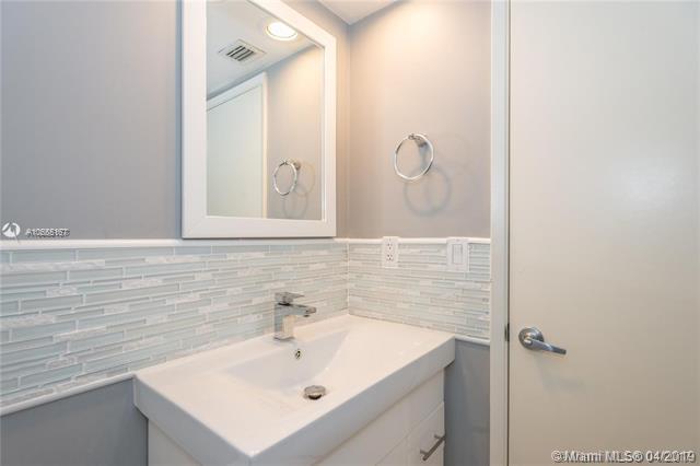 600 Biltmore Way 918, Coral Gables, FL, 33134