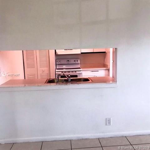 8630 SW 3rd St 205, Pembroke Pines, FL, 33025