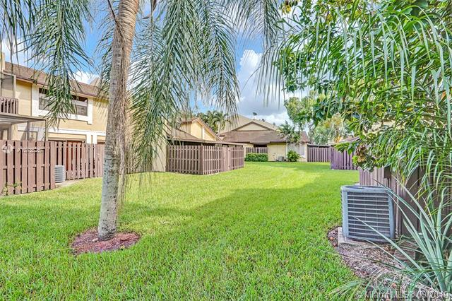 221 SW 97th Ter, Pembroke Pines, FL, 33025