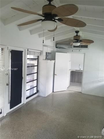 902 NE 7th St 1, Fort Lauderdale, FL, 33304