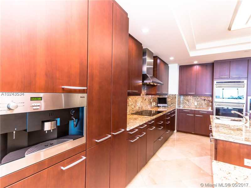 For Sale at  10295   Collins Ave #2207 Bal Harbour  FL 33154 - One Bal Harbour - 3 bedroom 3 bath A10243534_12