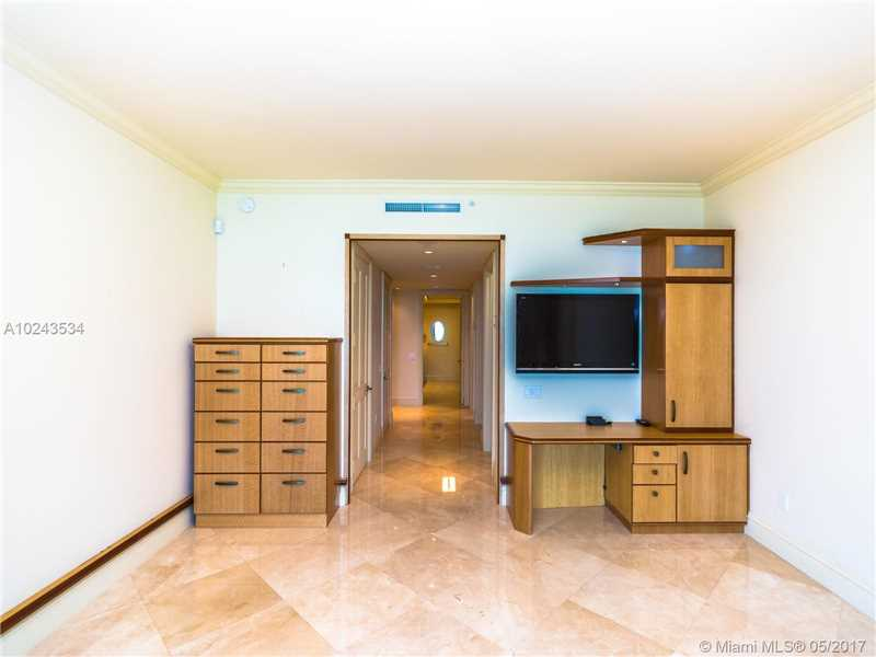 For Sale at  10295   Collins Ave #2207 Bal Harbour  FL 33154 - One Bal Harbour - 3 bedroom 3 bath A10243534_24