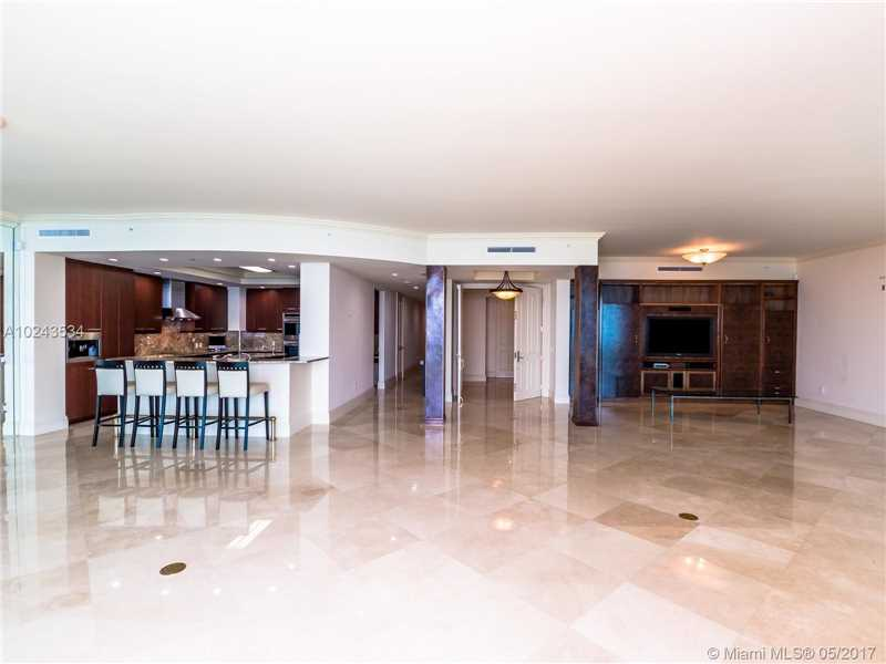 For Sale at  10295   Collins Ave #2207 Bal Harbour  FL 33154 - One Bal Harbour - 3 bedroom 3 bath A10243534_4
