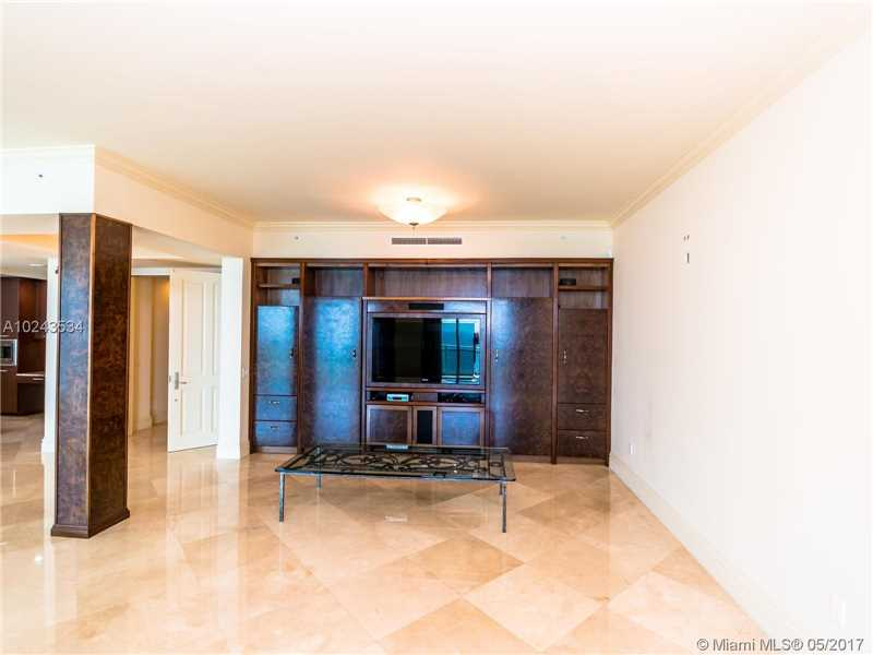 For Sale at  10295   Collins Ave #2207 Bal Harbour  FL 33154 - One Bal Harbour - 3 bedroom 3 bath A10243534_6