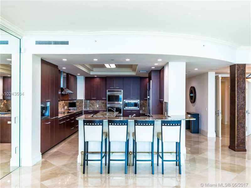 For Sale at  10295   Collins Ave #2207 Bal Harbour  FL 33154 - One Bal Harbour - 3 bedroom 3 bath A10243534_9