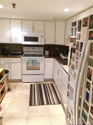 For Sale at  170   Ocean Lane Dr #709 Key Biscayne  FL 33149 - Ocean Lane Plaza - 2 bedroom 2 bath A10250334_4