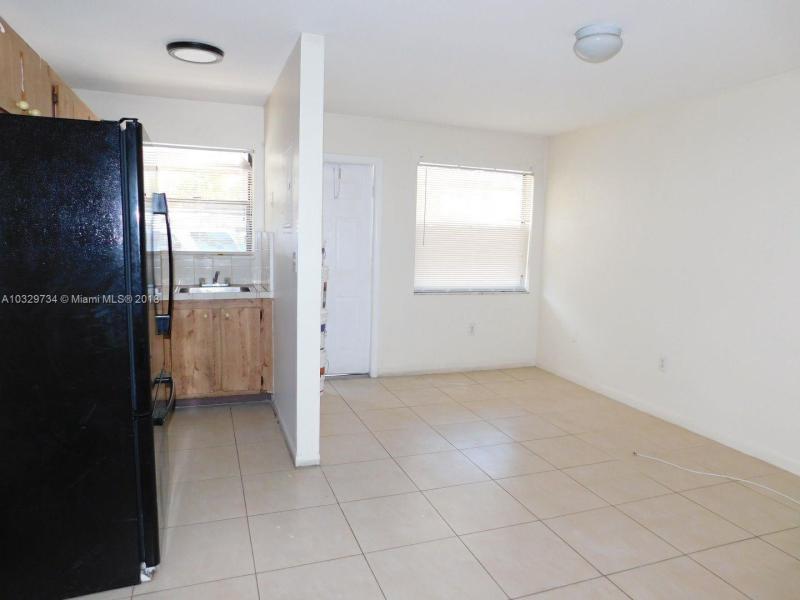 2230  Madison St  Unit 14, Hollywood, FL 33020-7019