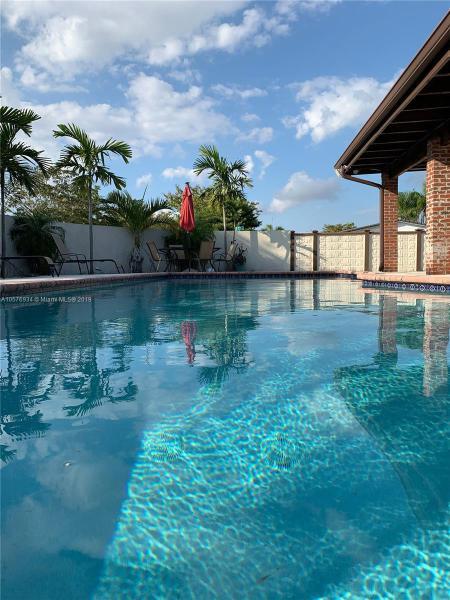 7351 SW 147th Ct , Miami, FL 33193-1118