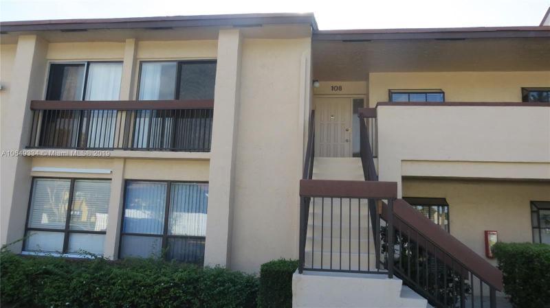 2051 SW 15th St  Unit 211, Deerfield Beach, FL 33442-6166