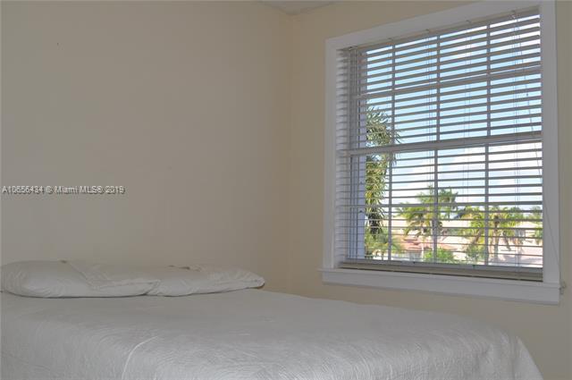 1818 SW 182nd Ave  Miramar, FL 33029-5223 MLS#A10656434 Image 18