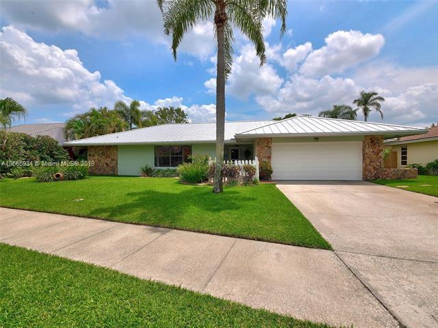 319 Country Club Drive, Tequesta FL 33469-