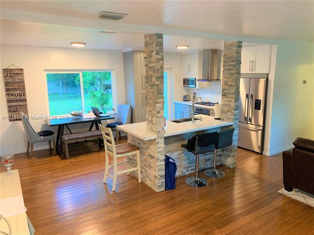 751 Falcon Ave, Miami Springs, FL, 33166