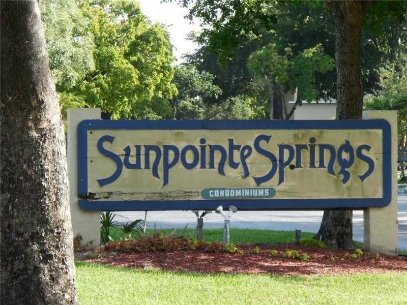 8110 Sunrise Lakes Blvd  Unit 207, Sunrise, FL 33322