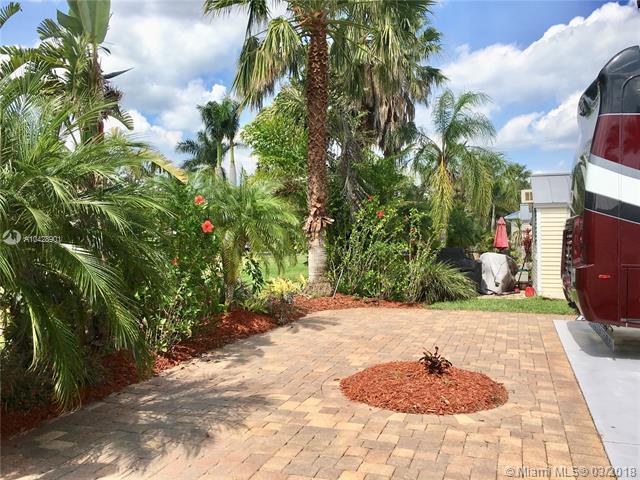 3127 E RiverBend Resort Blvd, LABELLE, FL, 33935