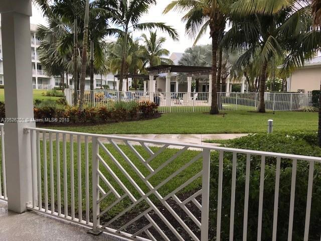 812 Bay Colony Drive, Juno Beach FL 33408-