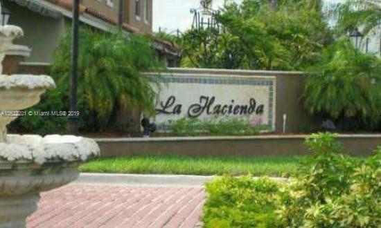 4655  Palm Ave  Unit 120, Hialeah, FL 33012-4048