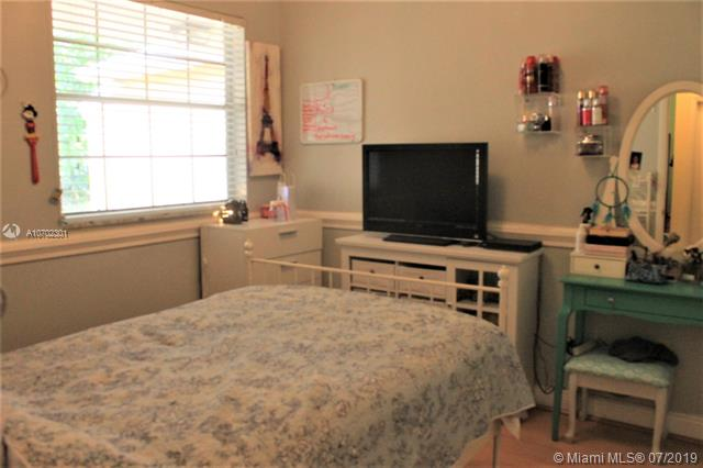 2391 NW 96th Ter 19L, Pembroke Pines, FL, 33024