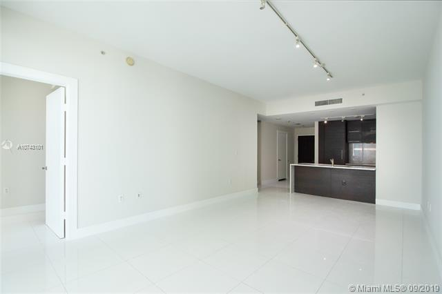 900 Biscayne Blvd 4610, Miami, FL, 33132