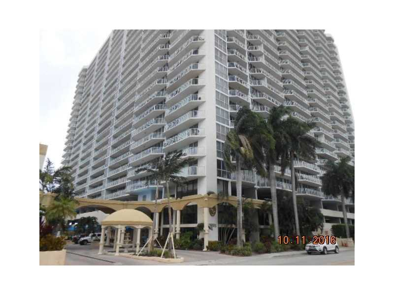 North Bay Village Condo/Villa/Co-op/Town Home A10166168