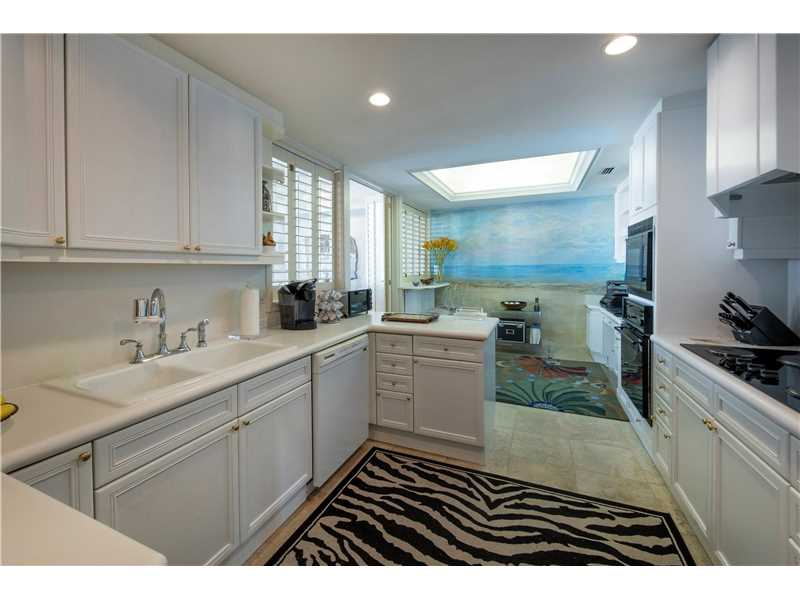 For Sale at  7963   Fisher Island Dr #7963 Fisher Island  FL 33109 - Oceanside Fisher Island - 2 bedroom 2 bath A10195968_8