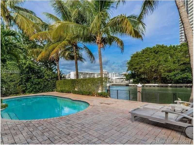 For Sale at  3363 NE 171St St North Miami Beach  FL 33160 - Eastern Shores 1St Addn - 5 bedroom 4 bath A10244068_21
