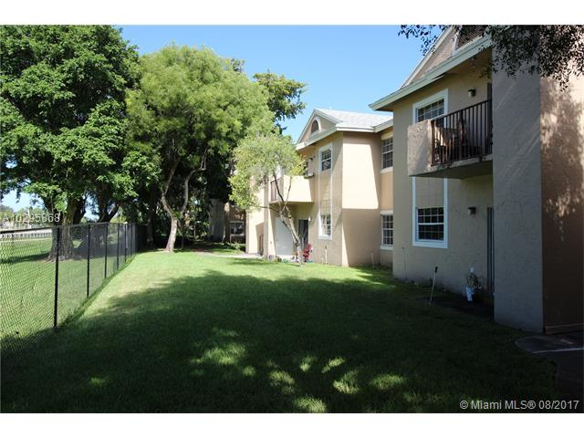1971 96th Ter  Unit 9, Pembroke Pines, FL 33024
