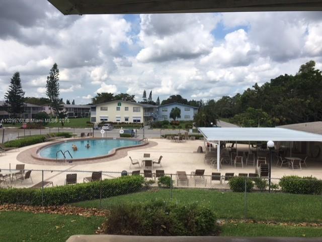 116  Hastings , West Palm Beach, FL 33417-1218