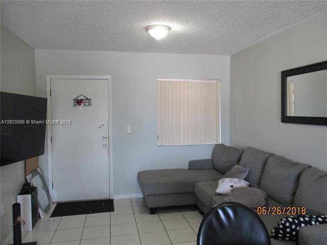 5290 W 21st Ct 404, Hialeah, FL, 33016
