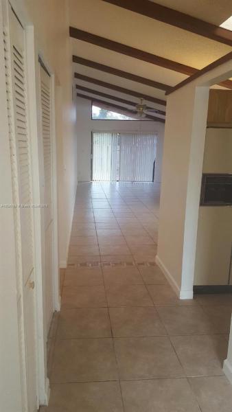 1801 NW 75th Ave  Unit 302, Plantation, FL 33313-5151